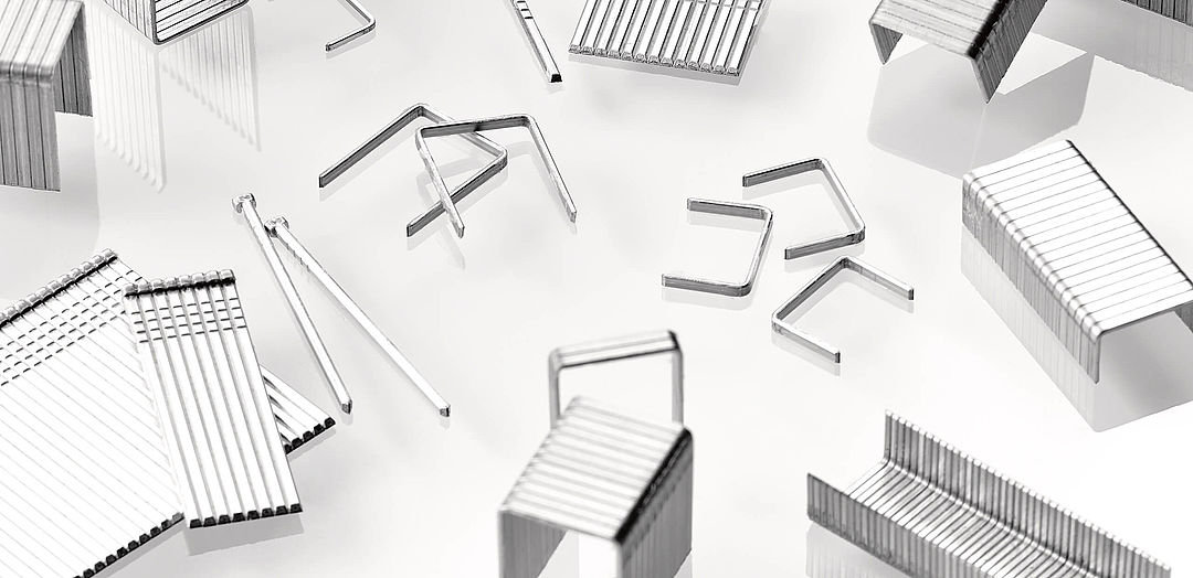 Pin nails, compressed-head nails and staple gun nails in stainless steel